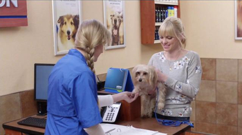 PetSmart TV Spot, 'Partners in Pethood: Welcome to Pethood' Ft. Anna Faris - Thumbnail 6