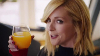 Tropicana Trop50 TV Spot, 'My Trainer' Featuring Jane Krakowski - Thumbnail 4
