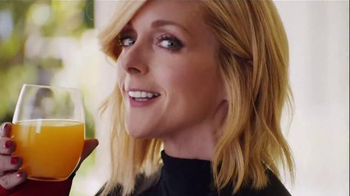 Tropicana Trop50 TV Spot, 'My Trainer' Featuring Jane Krakowski - Thumbnail 5