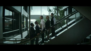 Invesco TV Spot, 'Separating Knowledge From Financial Noise: Roger' - Thumbnail 5