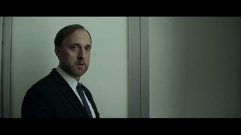 Invesco TV Spot, 'Separating Knowledge From Financial Noise: Roger' - Thumbnail 7