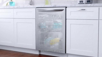 Frigidaire Gallery TV Spot, 'Saving Innovations' - Thumbnail 7