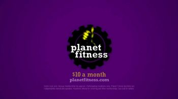Planet Fitness TV Spot, 'Shower Sing-a-long' - Thumbnail 10