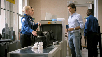 Lindt TV Spot, 'Airport Screening' Featuring Roger Federer