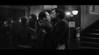 Gap TV Spot, 'Dress Normal: Kiss'
