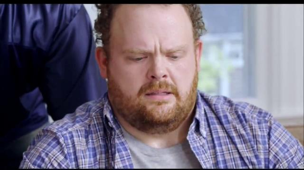 Bounty Nfl Prints Tv Commercial Don T Let A Big Spill
