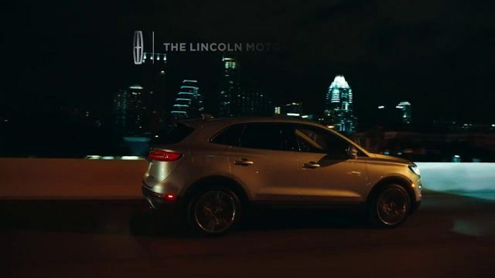 2015 lincoln mkc tv commercial 39 intro 39 featuring matthew mcconaughey. Black Bedroom Furniture Sets. Home Design Ideas