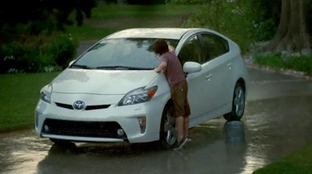 2015 Toyota Prius Liftback TV Spot, 'Rain' - Thumbnail 7