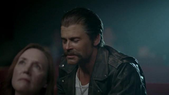 DirecTV TV Spot, 'Creepy Rob Lowe' - Thumbnail 8