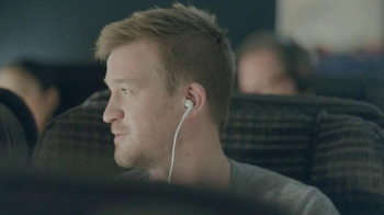 Samsung Galaxy S4 TV Spot, 'Airplane' - Thumbnail 6