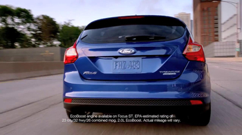 2013 Ford Focus TV Spot, 'Girl's Night Out' - Thumbnail 8