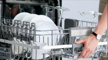 Sears Kenmore Dishwasher TV Spot, 'Tall Things in Small Spaces' - Thumbnail 5