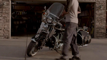 Indian Motorcycle TV Spot, 'For Sale' Song by Willie Nelson - Thumbnail 7