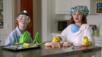 Clorox Disinfecting Wipes TV Spot, 'Chicken Doctor'