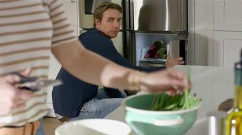 Samsung Home Appliances TV Spot, 'Wine Over Gravy' Ft. Kristen Bell - Thumbnail 2