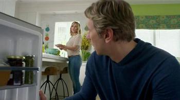 Samsung Home Appliances TV Spot, 'Wine Over Gravy' Ft. Kristen Bell - Thumbnail 3