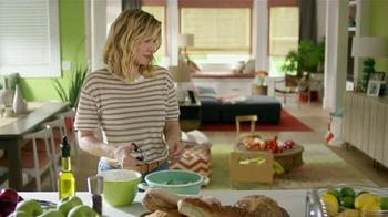 Samsung Home Appliances TV Spot, 'Wine Over Gravy' Ft. Kristen Bell - Thumbnail 4