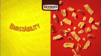 Snyder's of Hanover Honey Mustard & Onion Pretzel TV Spot, 'Burstability'