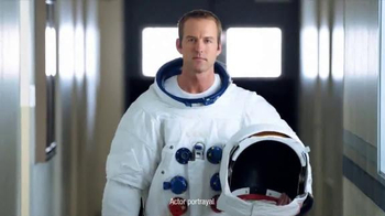 One A Day TV Spot, 'Astronaut'
