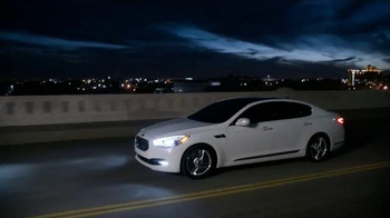 2015 Kia K900 TV Spot, 'Rave Reviews by AUTOMOTIVE Magazine'