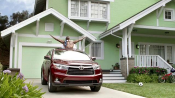 Toyota Highlander Super Bowl 2014 TV Spot Feat. The Muppets, Terry Crews - Thumbnail 9