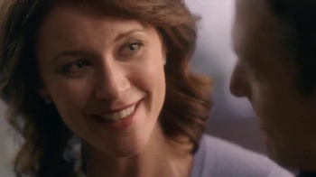 Kay Jewelers Open Heart Waves TV Spot, 'Adoption Center' - Thumbnail 4