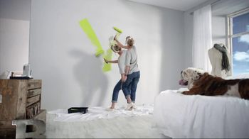 Benjamin Moore TV Spot, 'Life In Color' - Thumbnail 7
