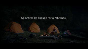 Land Rover LR4 HSE TV Spot, '7th Wheel'