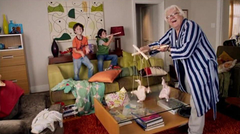 Clorox TV Spot, 'Raw Chicken Mess Disinfecting Wipes' - Thumbnail 2