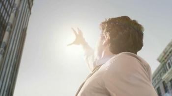 Coors Light TV Spot, 'The Sun' - Thumbnail 4