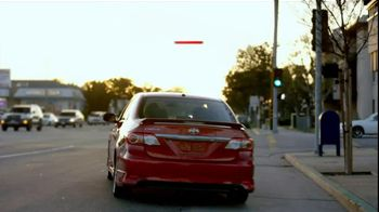 Toyota Corolla TV Spot, 'Food Rating' - Thumbnail 8