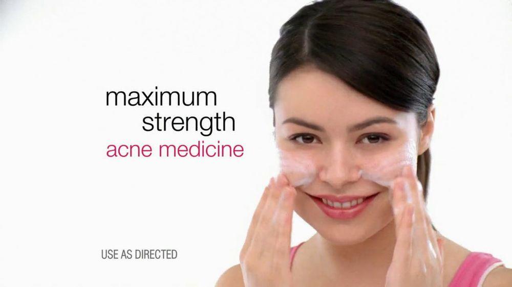 Neutrogena TV Commercial For Oil-Free Acne Wash Featuring Miranda Cosgrove