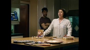 Fiber One TV Spot, 'Sandra's Yummy Scrumptious Bars' - 7273 commercial airings
