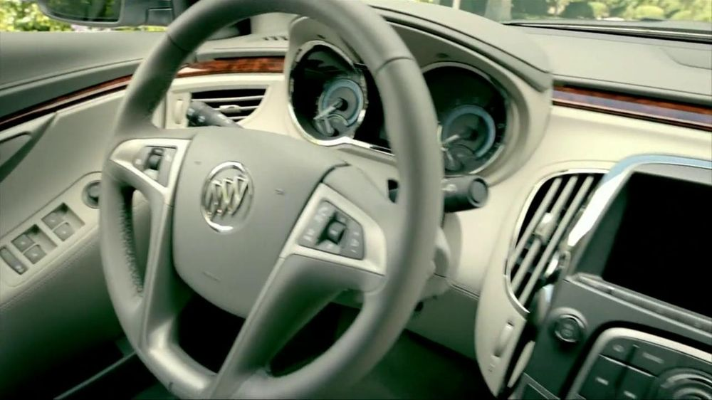 2012 buick lacrosse tv commercial 39 stylish 39 featuring shaquille o. Cars Review. Best American Auto & Cars Review