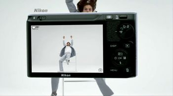 Nikon TV Spot, 'Huge Is...' Featuring Ashton Kutcher - Thumbnail 4