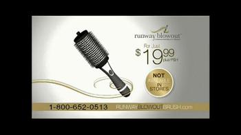 Runway Blowout Brush TV Spot, 'Volume, Bounce and Shine' - Thumbnail 8