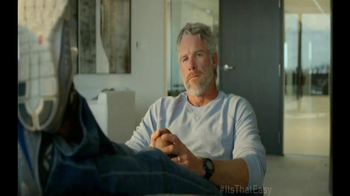 Brett Favre Starts Small Business thumbnail