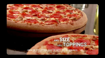 Pizza Hut $10-Carryout Deal TV Spot, 'Tonight is the Night' - Thumbnail 5