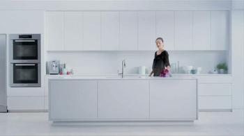 Moen TV Spot, 'Faucet Dance' - Thumbnail 1