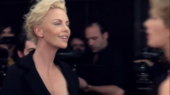J'Adore Dior TV Spot Feat. Charlize Theron, Song by The Gossip - Thumbnail 3