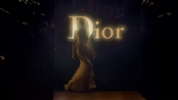 J'Adore Dior TV Spot Feat. Charlize Theron, Song by The Gossip - Thumbnail 8