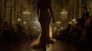 J'Adore Dior TV Spot Feat. Charlize Theron, Song by The Gossip - Thumbnail 9