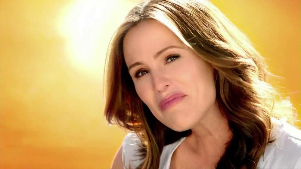 Neutrogena Ultra Sheer Dry Touch TV Commercial Featuring Jennifer Garner