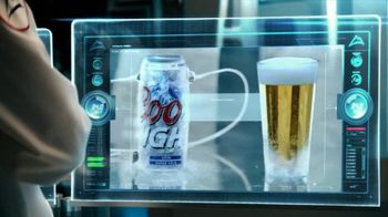 Coors Light TV Spot, 'World's Most Refreshing Can' Featuring Ice Cube - Thumbnail 9