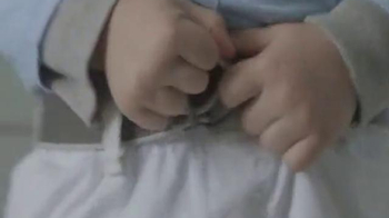 Clorox Bleach TV Spot, 'Bleachable Moments: Belt Buckle' - Thumbnail 3