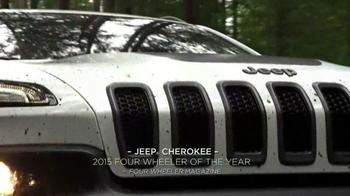 2015 Jeep Cherokee Latitude TV Spot, '2015 Award Season Event' - Thumbnail 5
