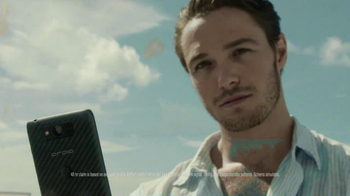 Verizon Droid Max TV Spot, 'Droid Max: Island' - Thumbnail 8