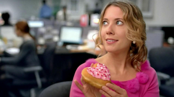 Dunkin' Donuts TV Spot, 'Office Valentine's Day' - Thumbnail 2