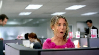Dunkin' Donuts TV Spot, 'Office Valentine's Day' - Thumbnail 6