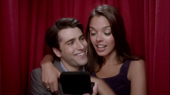Kay Jewelers Charmed Memories TV Spot, 'Photo Booth Valentine's Day'